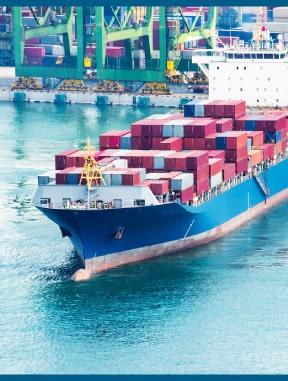 internationalline-transporte-de-carga-marítimo